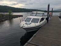 Bayliner 2452 Express, speed boat, motor boat, cabin boat