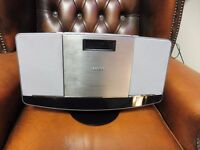 Philips BTM2056/05 Micro Music System with Bluetooth and Motorised CD player