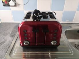 ........Red Morphy Richards Toaster ++++++++++++