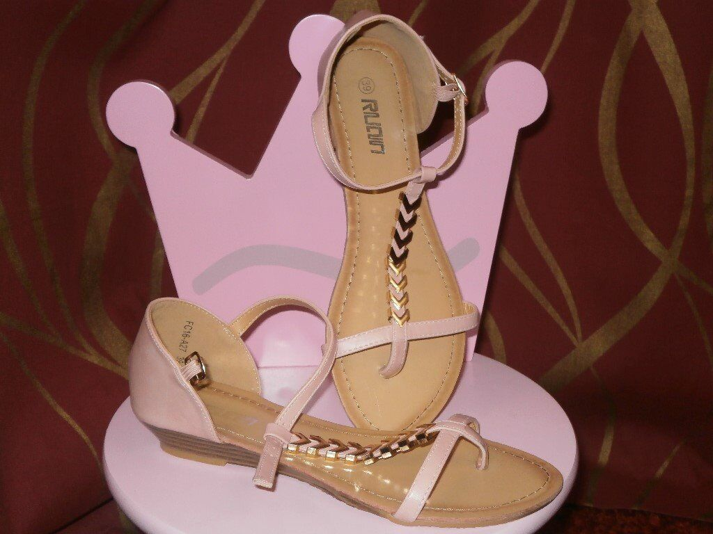 sandals size 6 brand new