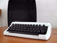 Beautiful Vintage Brother 100 manual typewriter