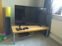 * TOP CONDITION * Ikea TV table / stand