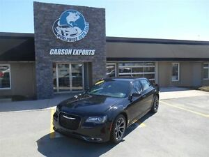 2015 Chrysler 300 S! BLACK BEAUTY! FINANCING AVAILABLE