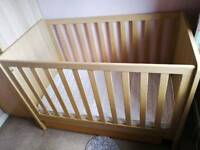 Mamas and papas compact cot and mattress ideal for a small nursery