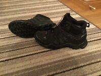 Adidas Swift R Mid Boots for sale size 7.