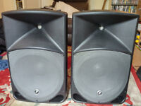 Complete P.A. system. Mackie thump 15 inch speakers and Behringer desk.