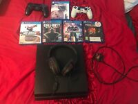500gb play station 4 with 5 games.