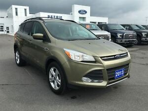 2013 Ford Escape SE - Heated Seats, AWD, Panoramic roof