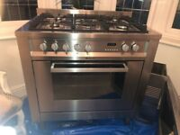 Hot Point Dual Fuel Range Cooker