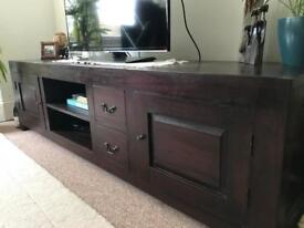 Mahogany TV unit (2 drawers/2 cupboards)