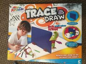 Trace and draw set