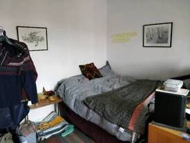 Flashare in Hampstead; double room