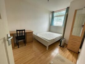 Two Bedroom Ground Floor Maisonette To Let | Columbia Road, Shoreditch