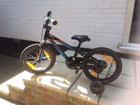 Specialized Hotrock 16 boys bike - excellent condition