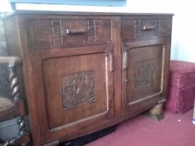 Oak sideboard. Two drawers two cupboards