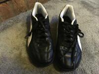 Puma ladies trainers size 6 used good condition £5