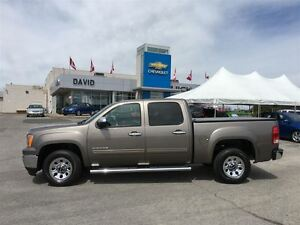 2013 GMC Sierra 1500 SLE 2WD SHORT, TONNEAU, HITCH, LOCAL TRD.!!
