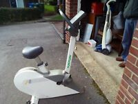 TUNTURI 400 exercise bike EXCELLENT CONDITION £30
