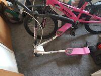 Girls bike and flicker