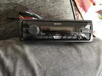 Sony car stereo USB aux like new