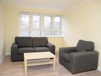 THREE DOUBLE bedroom flat - 7 min walk to West Kensington - Cheesemans Terrace, West Kensington, W14