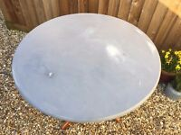 Shabby chic Distressed wooden Round dinning table