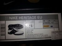 Nike Heritage EU Golf Shoes - 10.5 UK size - White & Black - Used ONCE only