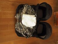 MOUNTAIN BUGGY DUET CARRYCOT & RAINCOVER