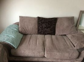 3&2 seater bought a year ago good condition dfs sofa need more room