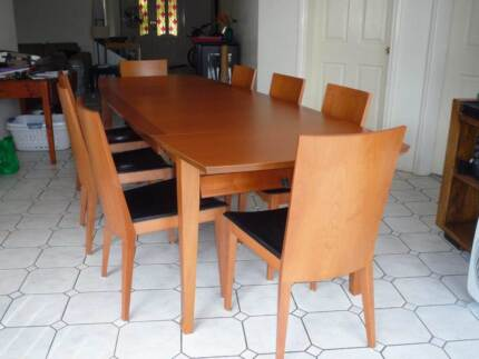ITALIAN MADE EXTENDABLE DINING TABLE AND 8 CHAIRS Monterey Rockdale Area Preview