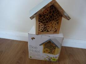 Garden nest box for bees