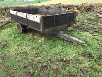 Excellent trailer Tipper works perfect tractor trailer Steel floor Used by me