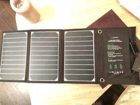 RAVPower 16W Solar Charger with Dual USB Ports