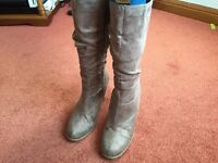 Gorgeous Ladies Faux Suede Boots Size 4 in Very Good Condition - Only worn a few times!