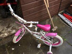 Girls starter bike £20 Ono. Collection from Bucksburn