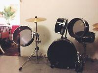 Pearl drum set, used.