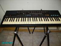 Yamaha PRS 310 electric keyboard