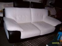 italian black&white two-seater settee