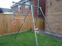 TP Toys Metal single swing set with trapeze bar