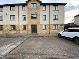 Modern 2 bedroom 1st Floor Flat located in Links View Flats Linksfield Road - Available Now