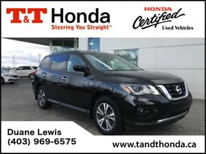 2017 Nissan Pathfinder SL* Rear Camera, Upgraded Seats, Leather