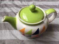 Hand painted teapot by Whittard of Chelsea