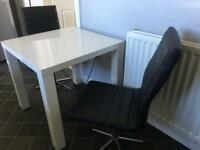 White gloss table a 2 chairs
