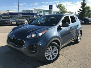 2017 Kia Sportage LX- HEATED SEATS, BACK UP CAMERA