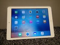 Apple ipad Air 16GB Wifi - white. Great condition