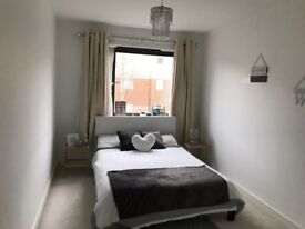 Flat to share,single occupant,Harrow, spacious room rent per month £675