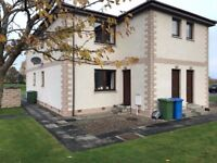 One bedroom unfurnished flat to rent in good, quiet area.