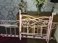 Pink day bed.