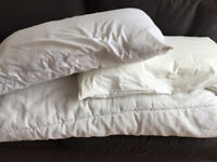 Double bed duvet and 2 pillow
