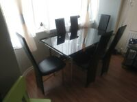 Dining table with extender and 6 chair